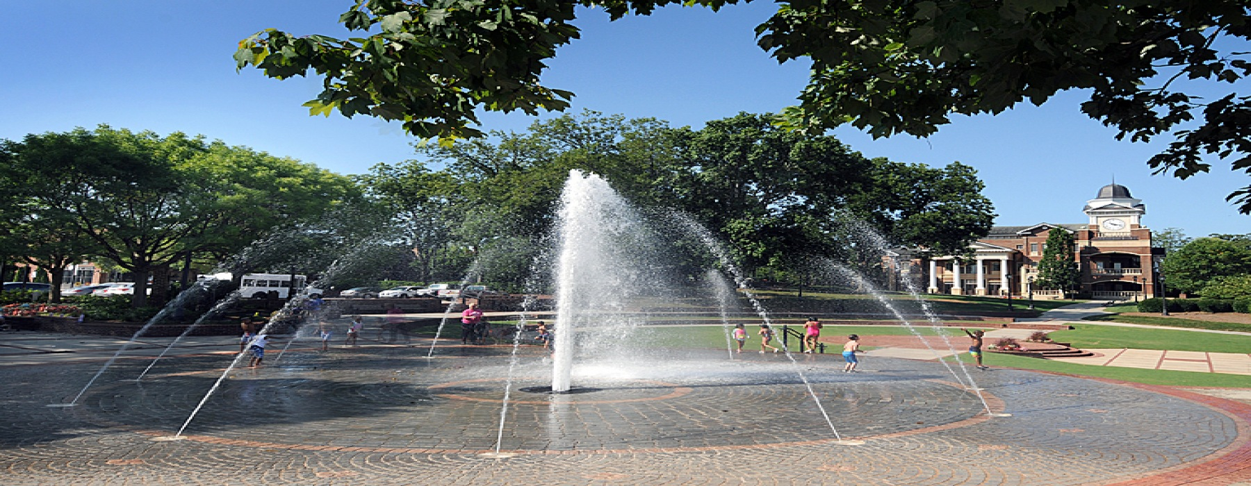 downtown duluth fountain